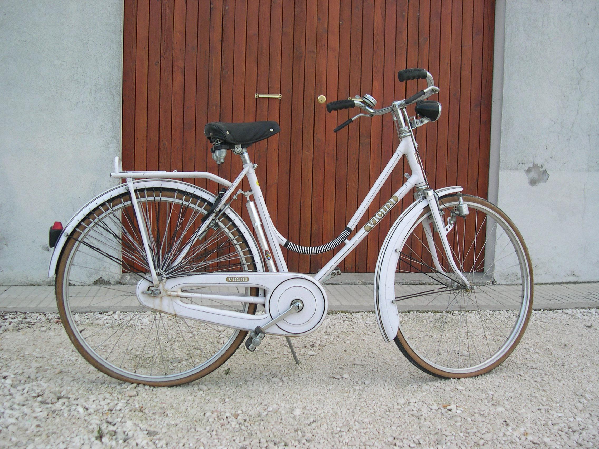 Bicicletta Vicini Modello Donna Anno 1987 Freni A Battecca Pezzi
