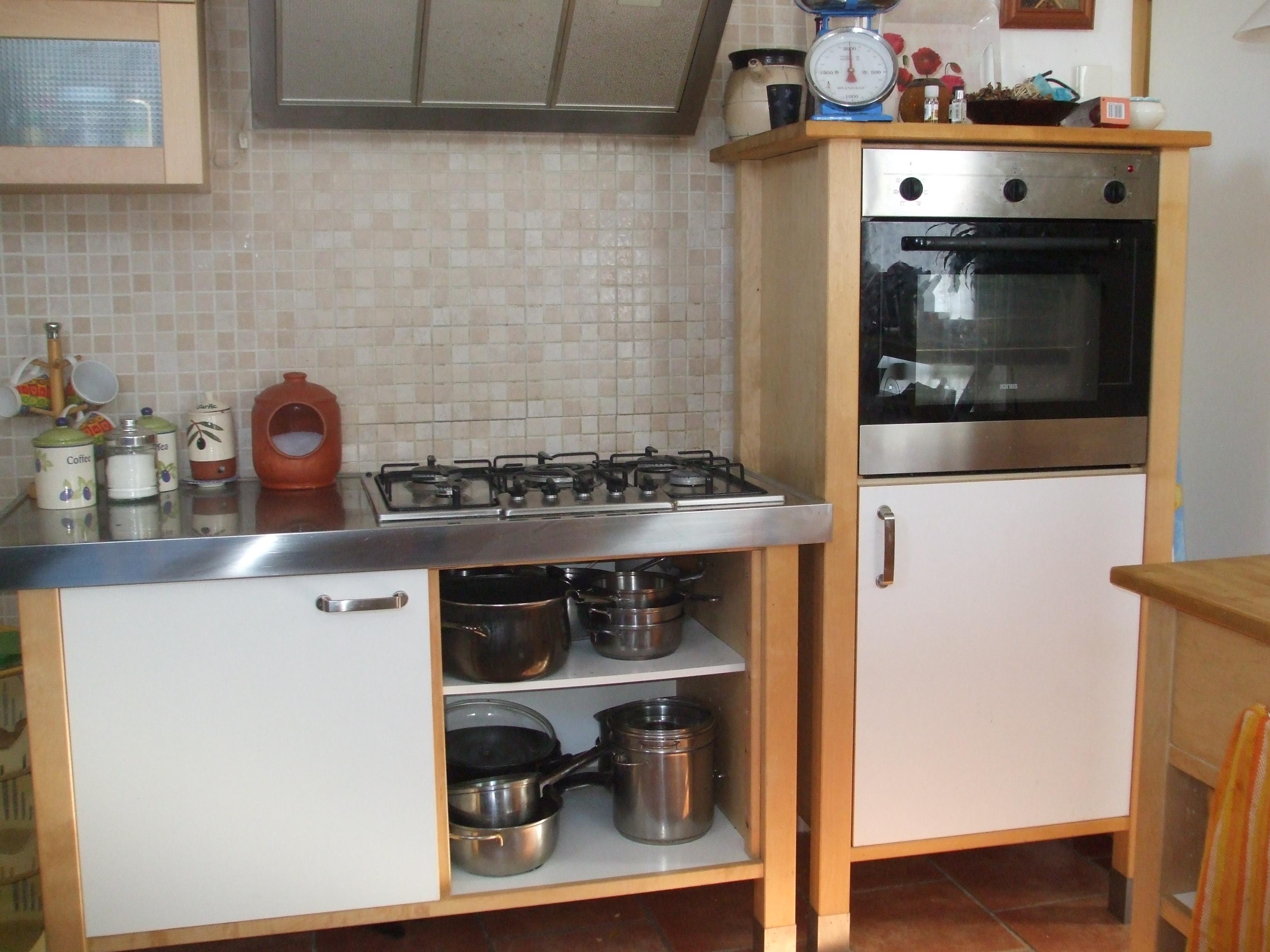 Cucina ikea compresa di forno a colonna fornelli cappa lavastoviglie lavandino doppio - Ikea cucine componibili ...